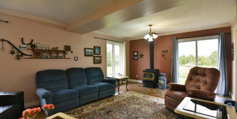 13-2507-4 Living Room 1