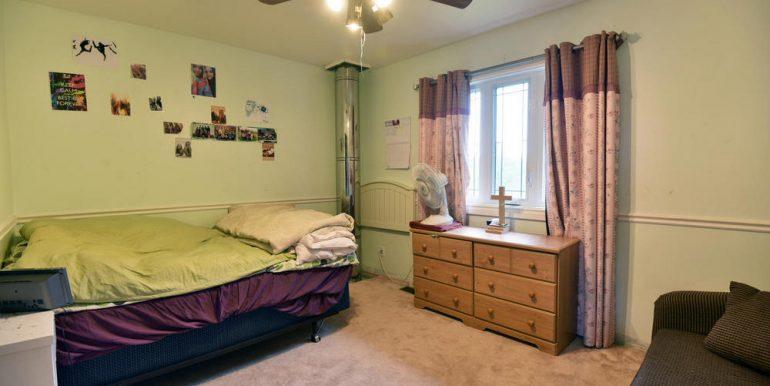 17-2507-19 Bedroom 2