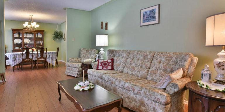 11-8678-10 Living Room 2