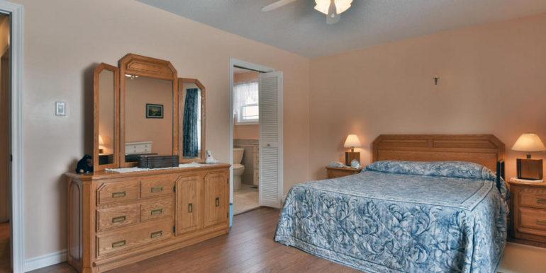 20-8678-15 Master Bedroom 2