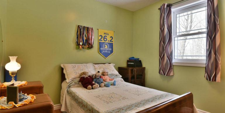 24-8678-18 Bedroom 3