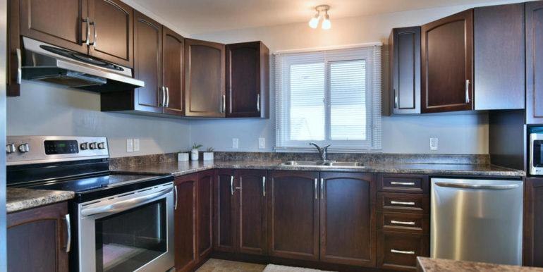 09-30-3 Kitchen 1