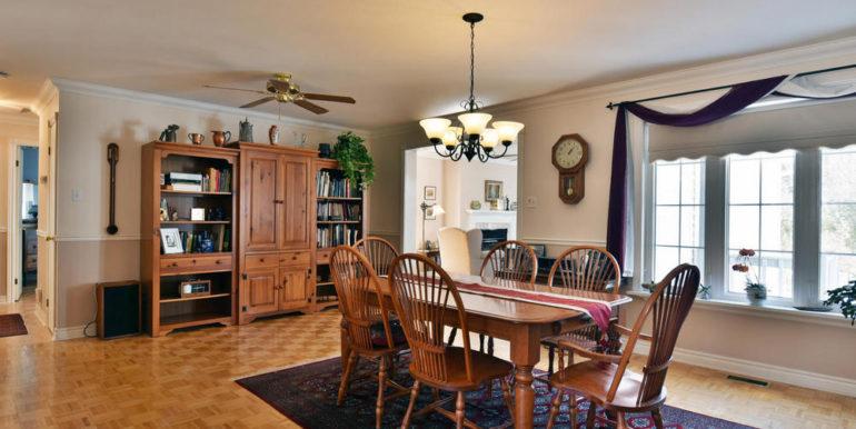 10-125-3 Dining Room 1