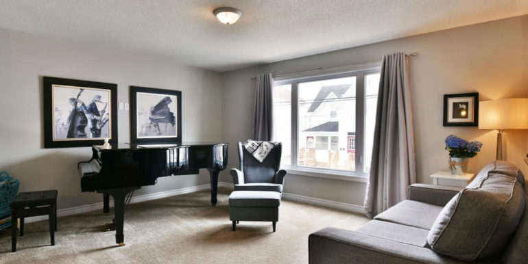 10-30-4 Living Room 1