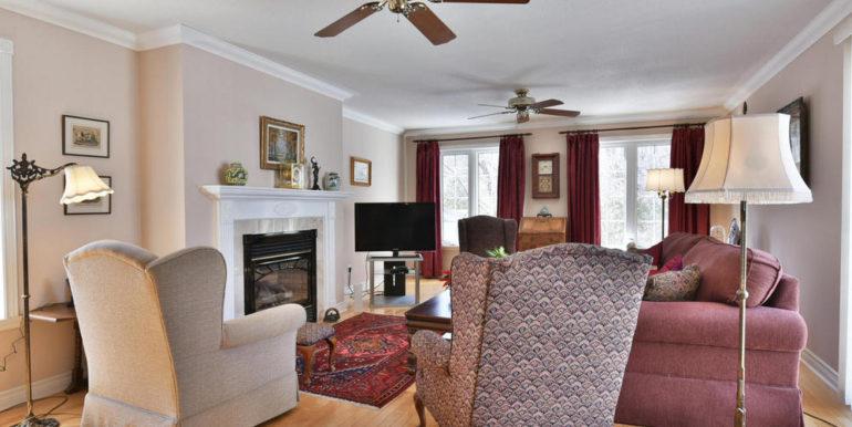 12-125-4 Living Room
