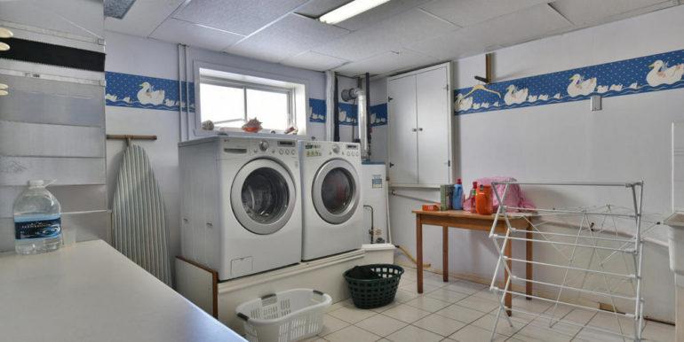 19-125-19 Laundry