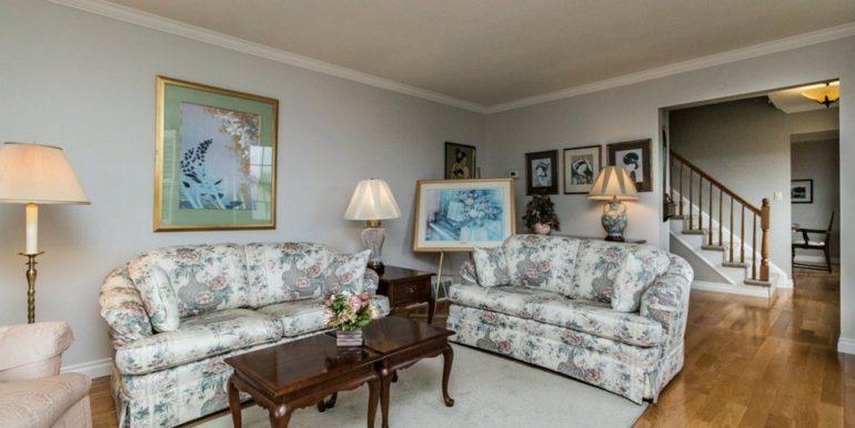 03-1104-11 Living Room 1
