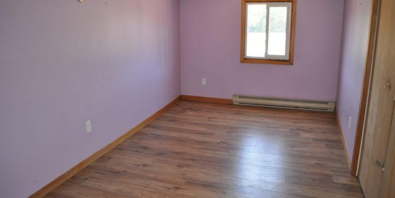 14-4351-11 Bedroom 1