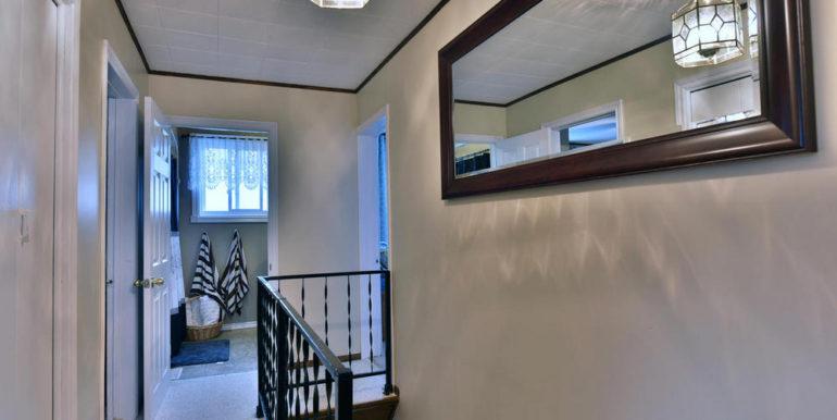 18-15-18 Upper Hallway