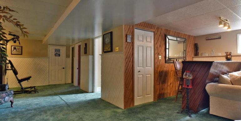25-6-21 Family Room 3