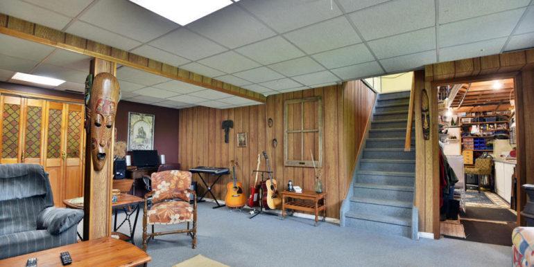 06-13-18 Family Room 2
