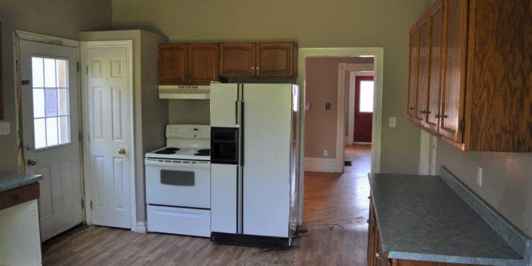 07-167-5 Kitchen 2