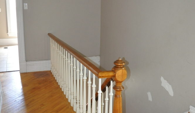 15-167-14 Upper Hallway
