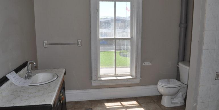 18-167-15 Bathroom