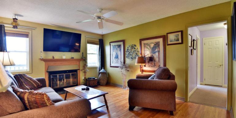 19-13-9 Living Room 2