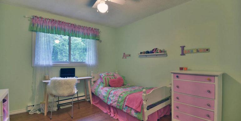 22-2928-16 Bedroom 3