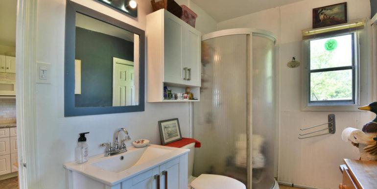 22-3305-12 Bathroom 1