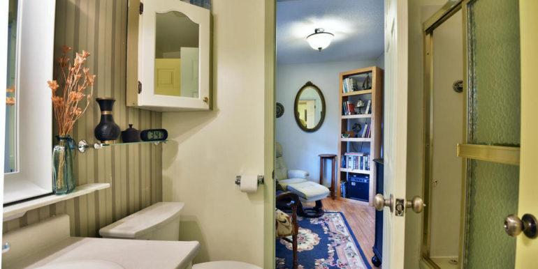 23-13-16 Main Bathroom