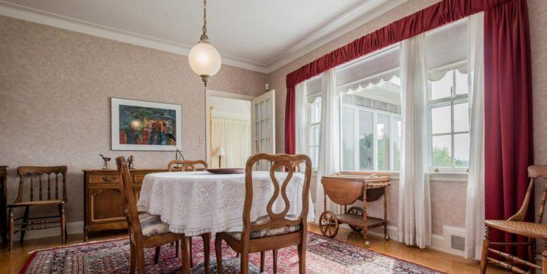 04-331-8 Dining Room 1