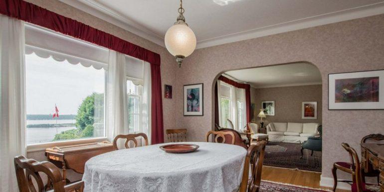 05-331-9 Dining Room 2