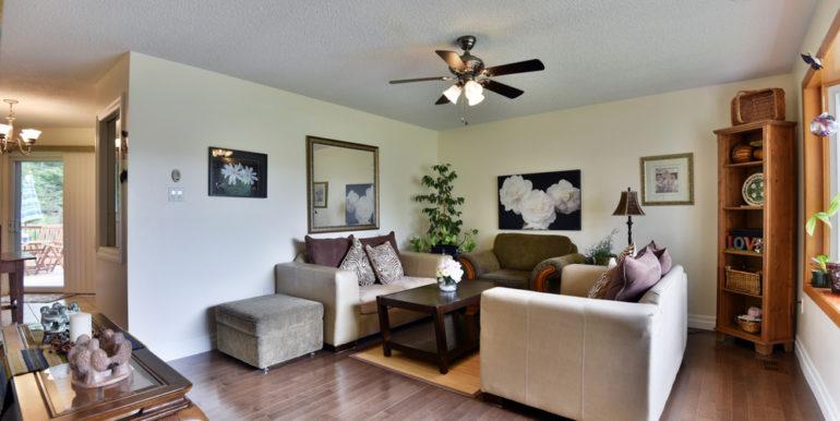 09-13-9 Living Room 2