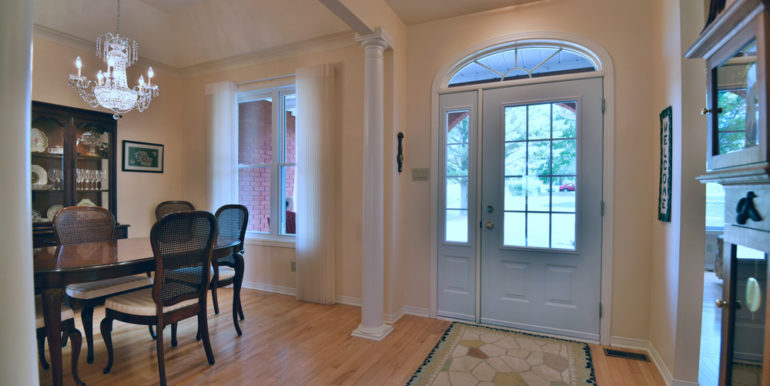 12-11351-9 Foyer
