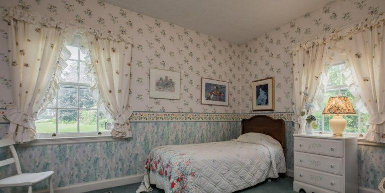 13-331-15 Bedroom 2
