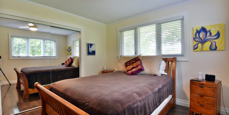 19-13-12 Master Bedroom 2