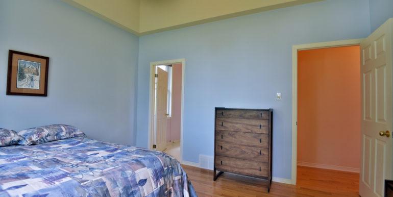 23-11351-17 Master Bedroom 2