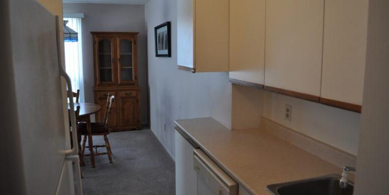 01-6-2 Kitchen 1