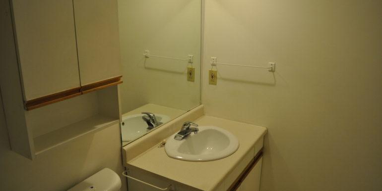 08-6-11 Bathroom 2