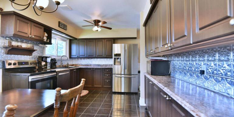 12-835-3 Kitchen 1
