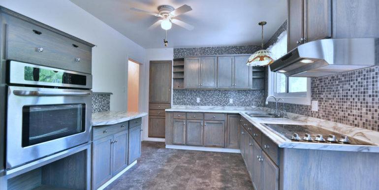 11-1218-2 Kitchen 1