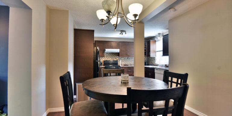 27 1 Aldershot Ave Brockville-large-013-009-Dining Room-1500x1000-72dpi