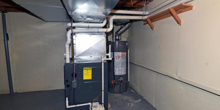 27 1 Aldershot Ave Brockville-large-025-030-Furnace and Hot Water Tank-1500x1000-72dpi