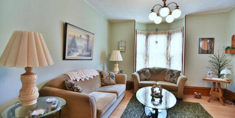 04-52-11 Living Room