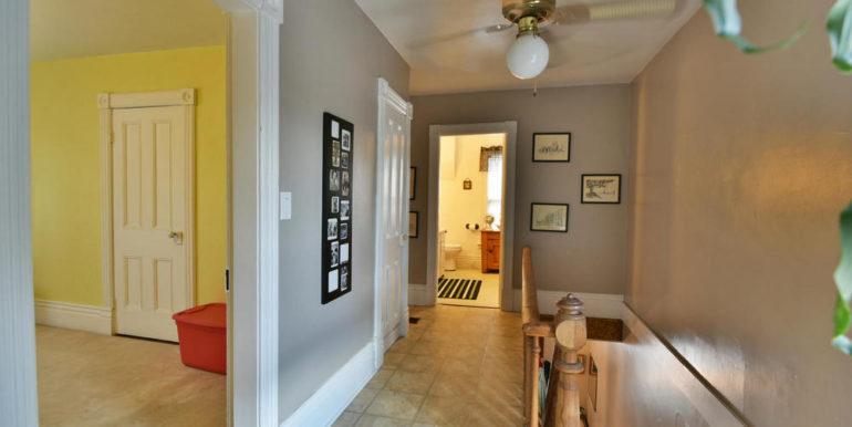 14-52-15 Upper Hallway