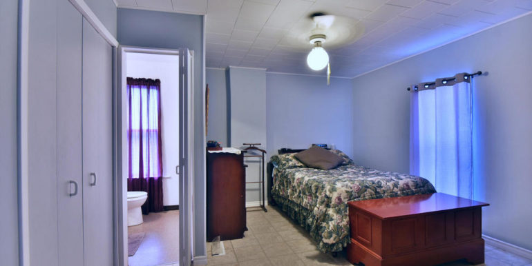 15-52-16 Master Bedroom