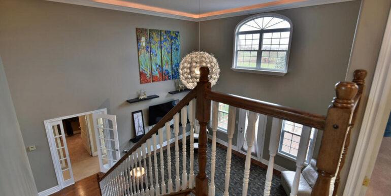 15-11-8 Stairway