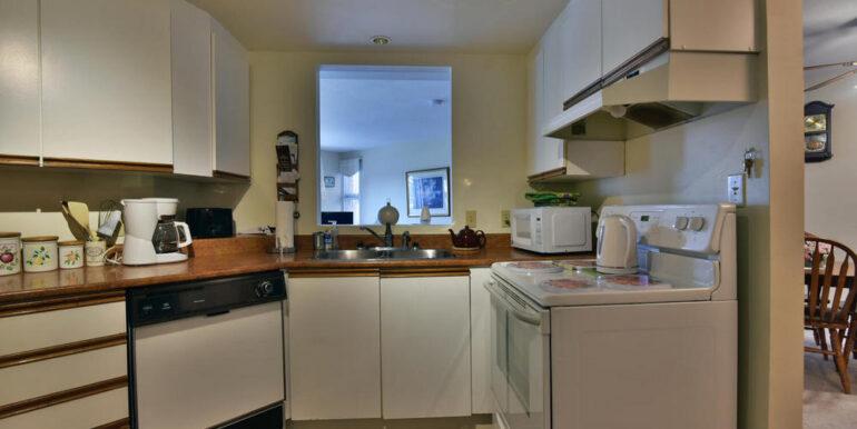 07-274-5 Kitchen 2