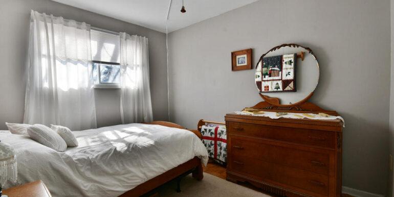 14-648-15 bedroom 3