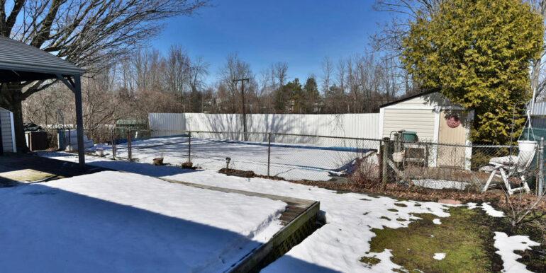 24-648-24 Back Deck & Property