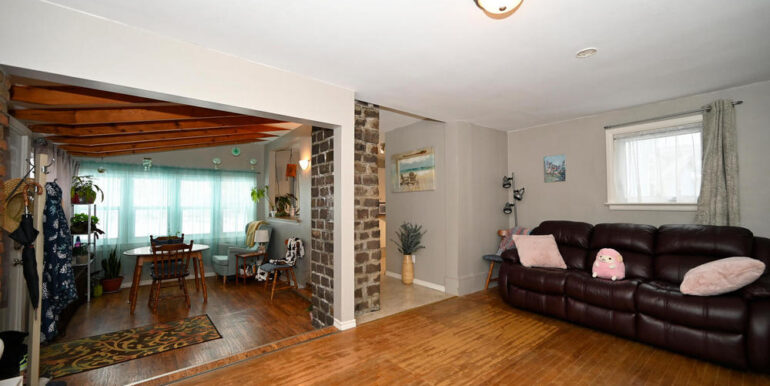 14-20-4 Lower Dining-living Room