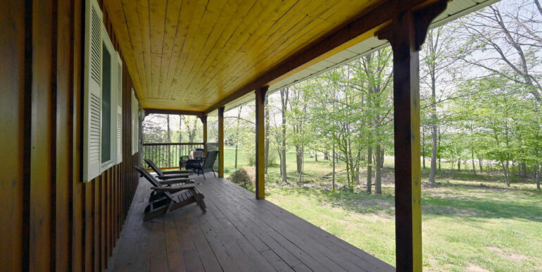03-5215-26 Front Porch 1