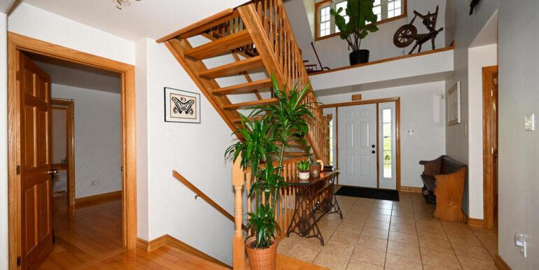 05-5215-10 Foyer 1