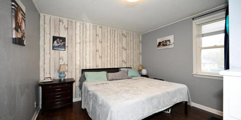 09-2208-9 Bedroom 1