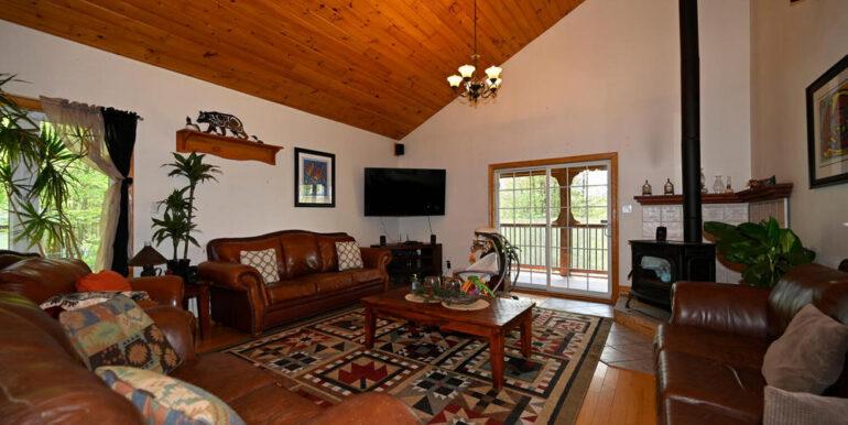 15-5215-9 Living Room 2
