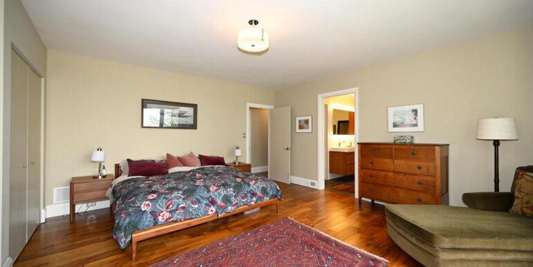 19-1931-13 Bedroom 1-2