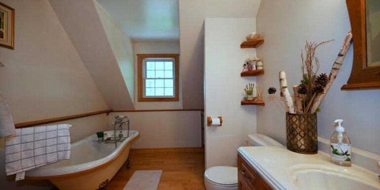 19-5215-20 4-pc Bathroom