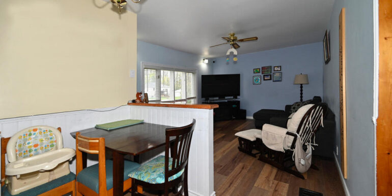 21-2208-7 Dining Area (2)